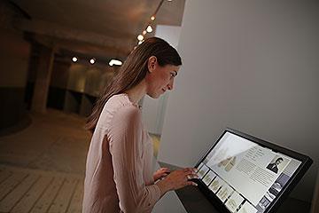 Infoterminal in der Dauerausstellung Design