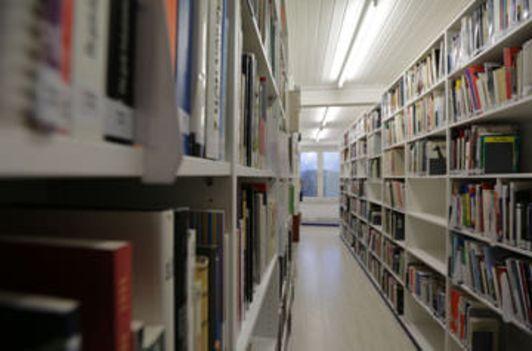 Die Bibliothek im Porzellanikon Selb